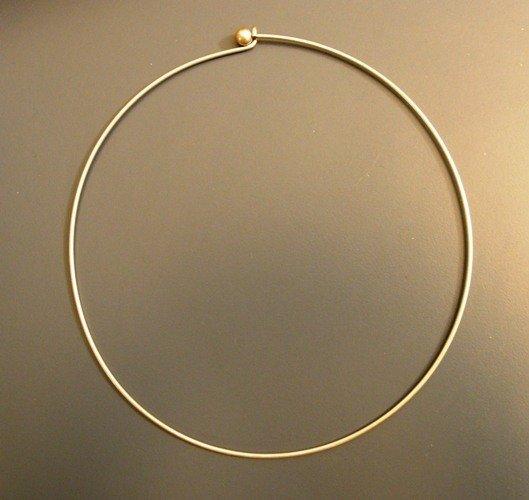 1 Collier chisura argento antico