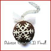Natale in Dolcezze - Collana Macaron - handmade idea regalo kawaii fimo - miniature - dolci natalizi