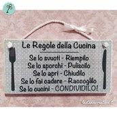 """Targhetta in legno """"Le Regole Della Cucina"""""""