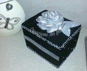 Portaoggetti nero e argento con rosa
