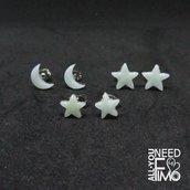 Orecchini stelle, orecchini luna, orecchini piccoli, orecchini celesti, orecchini ghiaccio cristallo, effetto pietra, orecchini fimo
