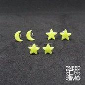 Orecchini stelle, orecchini luna, orecchini piccoli, orecchini gialli, orecchini citrino quarzo, effetto pietra, orecchini fimo