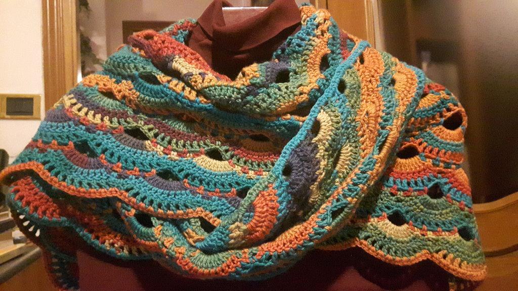 Scialle sciarpa triangolare