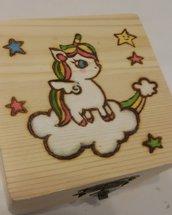 scatola in legno unicorno