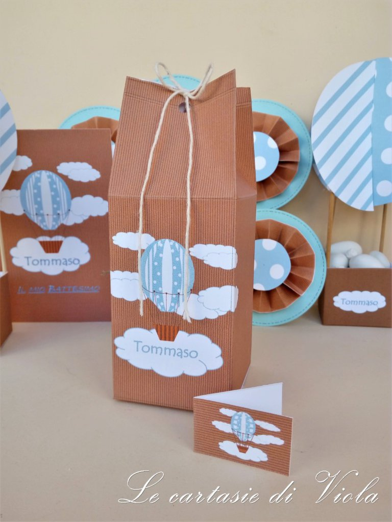 Amato Bomboniera scatolina portaconfetti tema mongolfiera per battesimo  XA37