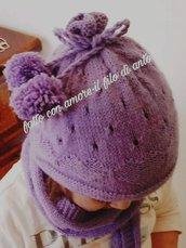 Cappello bambina viola con cuori e pom pon
