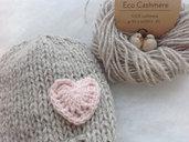 Eco Cashmere cappellino per neonati in cashmere 100% con cuore Cuffietta per neonati Photo Prop in cashmere made in Italy Regalo per Battesimo