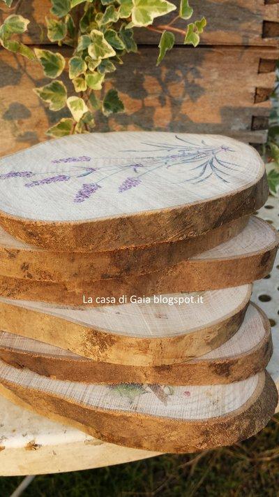 Sottopentola o tagliere per dolcetti o formaggi in legno for Gaia case in legno
