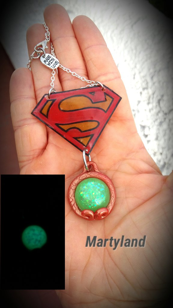 Collana stemma supermen