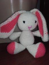 Pupazzo Coniglietto fatto a mano lana, anallergica, giocatolo uncinetto maglia