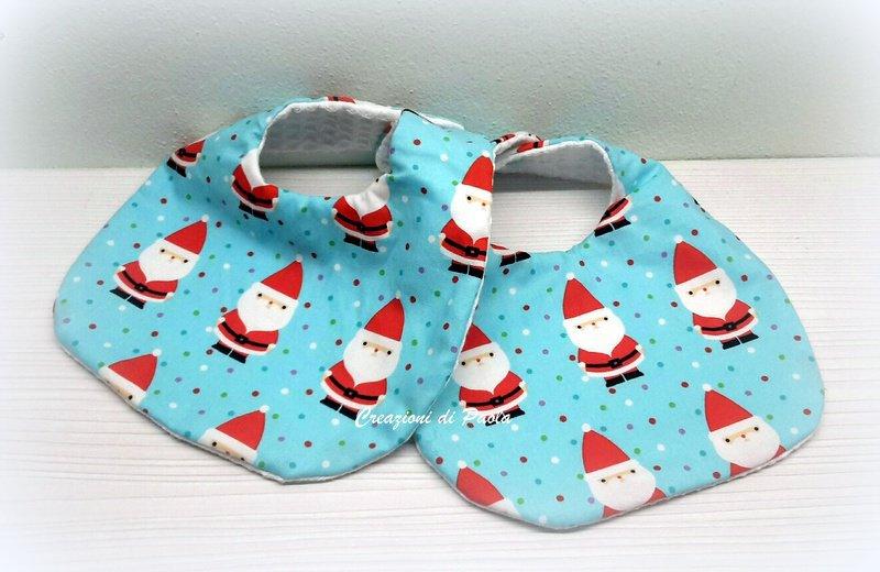 Bavaglina in cotone con stoffa fantasia Babbo Natale