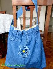 Borsa grande in jeans con decorazione