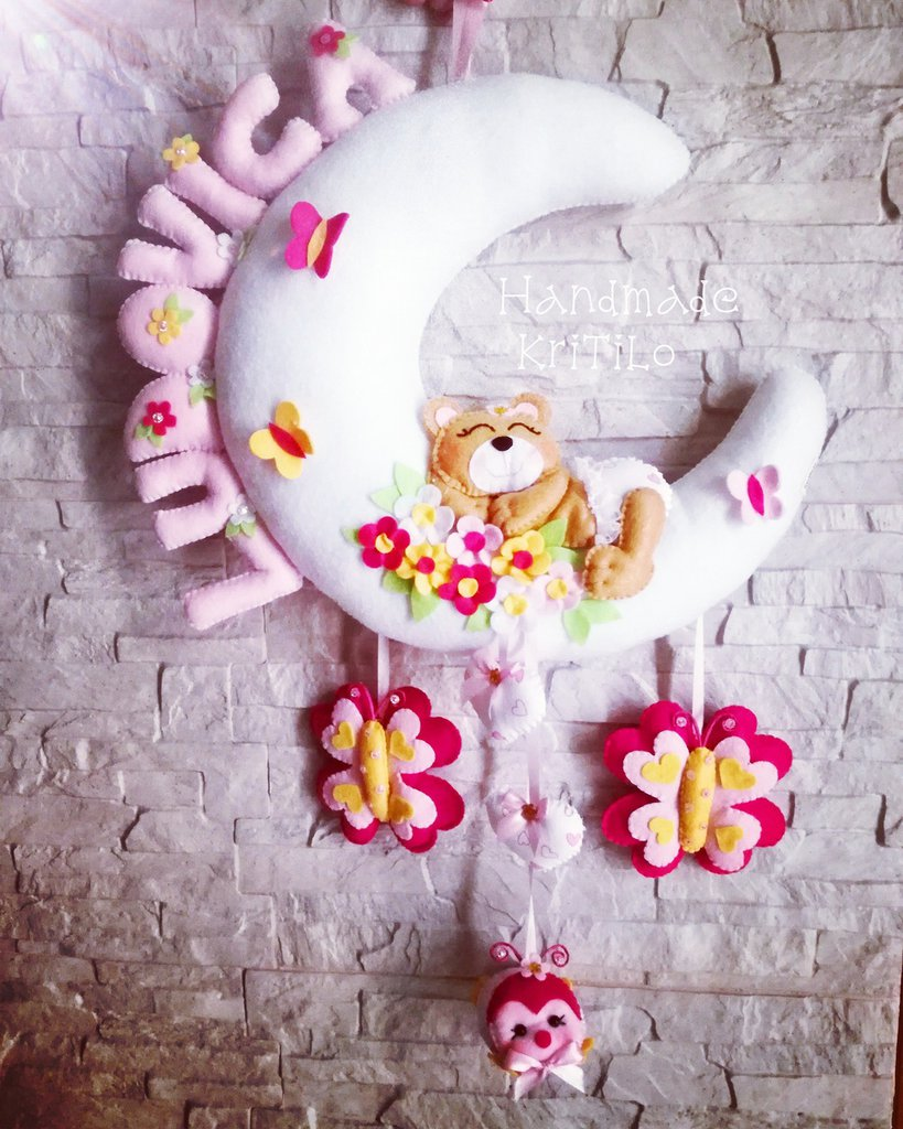 Fiocco nascita Luna con orsetto sui fiori con farfalle e coccinella Handmade KriTiLo