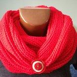 Scaldacollo rosso,coprispalle, sciarpa ad anello regalo di natale,fatto a mano