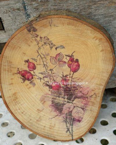 Rondella in betulla,personalizzabile,decorata con stampa vintage bacche di rosa