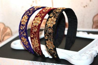 Cerchietti per capelli Barocco Fascia ricamata con fiore di perline Cerchietto di velluto di alta moda Accessori per capelli