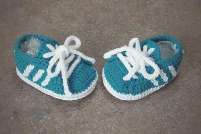 Scarpine Neonato A Uncinetto Stile Adidas Bambini Abbigliamento