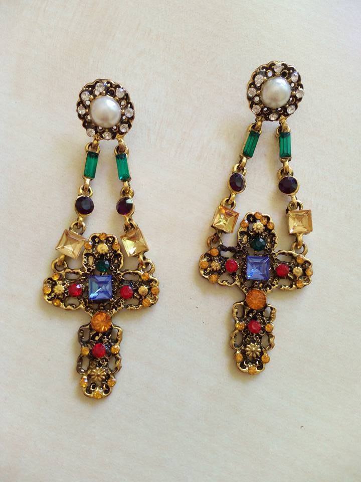 orecchini croci sicilia pietre dure orecchini pedenti barocchi siciliani eleganti