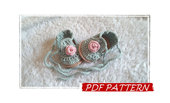 "PDF pattern in ITALIANO e US! Scarpine bimba a uncinetto ""Romantic Rose"", crochet baby girl shoes ""Romantic Rose"""