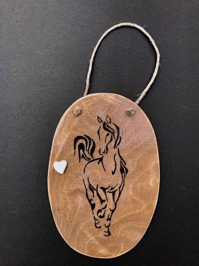 targa legno cavallo stilizzato