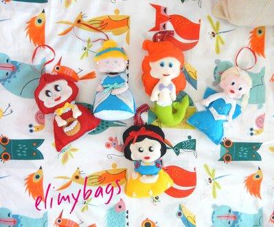 Bambole principesse in feltro da appendere
