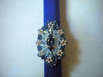 Anello cabochon blu