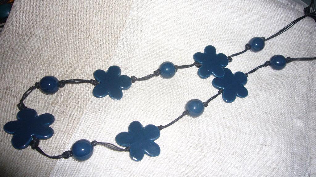 collana ceramica blu