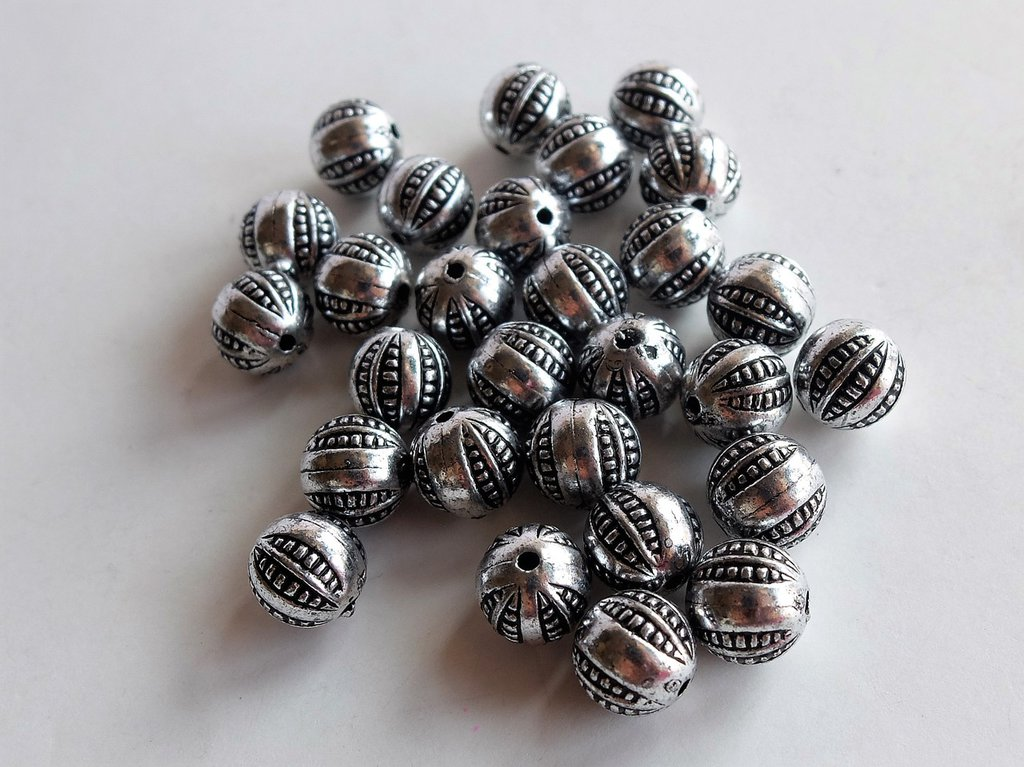 10 Perle in argento antico acrilico PRL5N