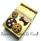 Portasigarette color oro - Con biscotti, cookie, cioccolato, perle, merletto e fiocchetto. Idea regalo fumatrice