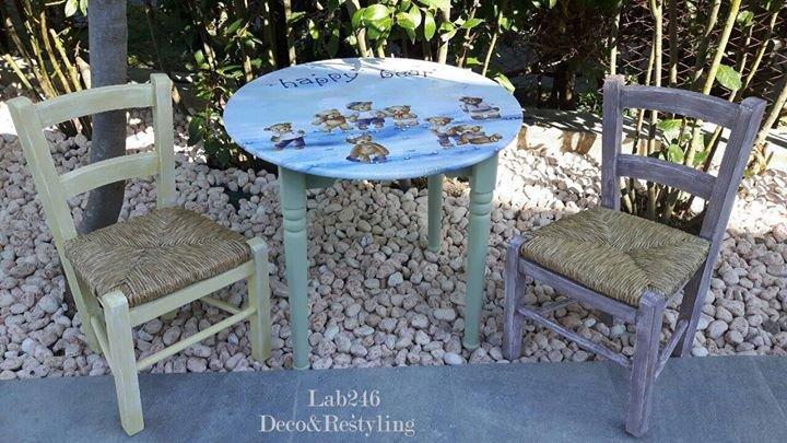 """Set tavolo tondo + 2 sedie bimbi """"Teddy & Co."""""""