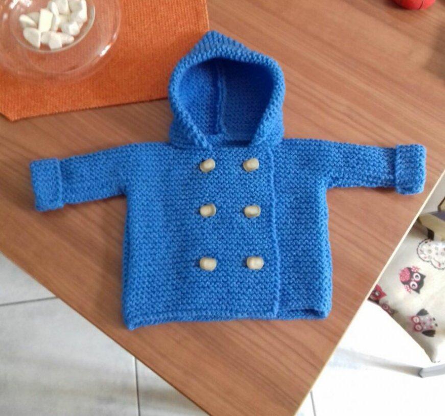 Cardigan neonato unisex con cappuccio e bottoni