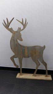 Silhouette di renna in legno