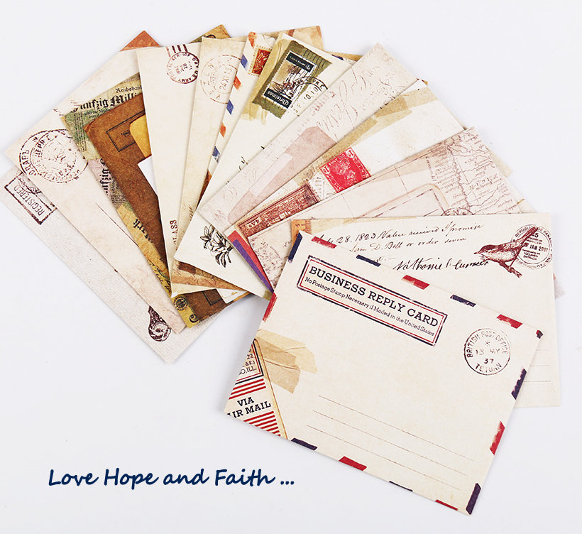 Scrapbooking:  Lettere Vintage (12 fogli)
