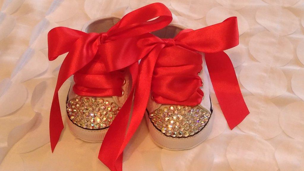 scarpe con strass e lacci in raso