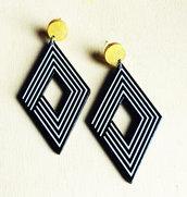 Orecchini pendenti vintage rombi bianco neri oro, orecchini geometrici, orecchini astratti