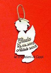 Decorazione natalizia in legno angelo personalizzabile con nome.