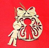 Decorazione natalizia in legno bimbo o bimba personalizzabille con nome.