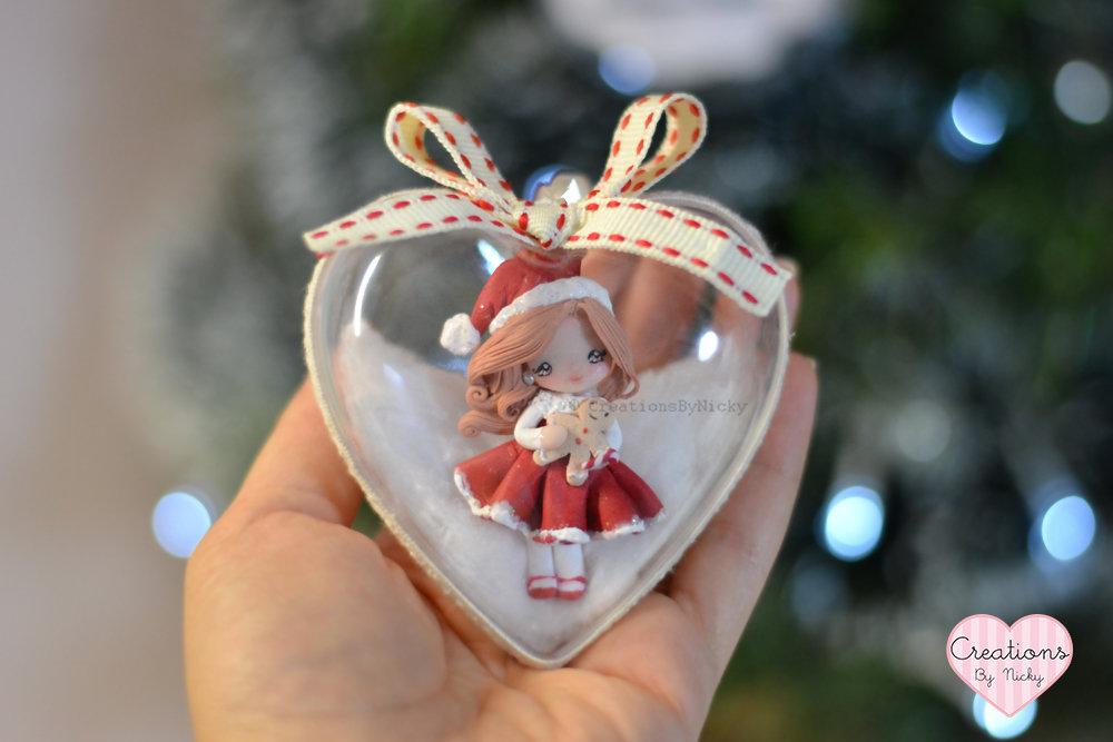 Decorazione albero a forma di cuore con dolls