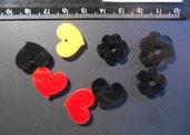 (206) Lotto 8 ciondolini a cuore colori misti in plexiglass