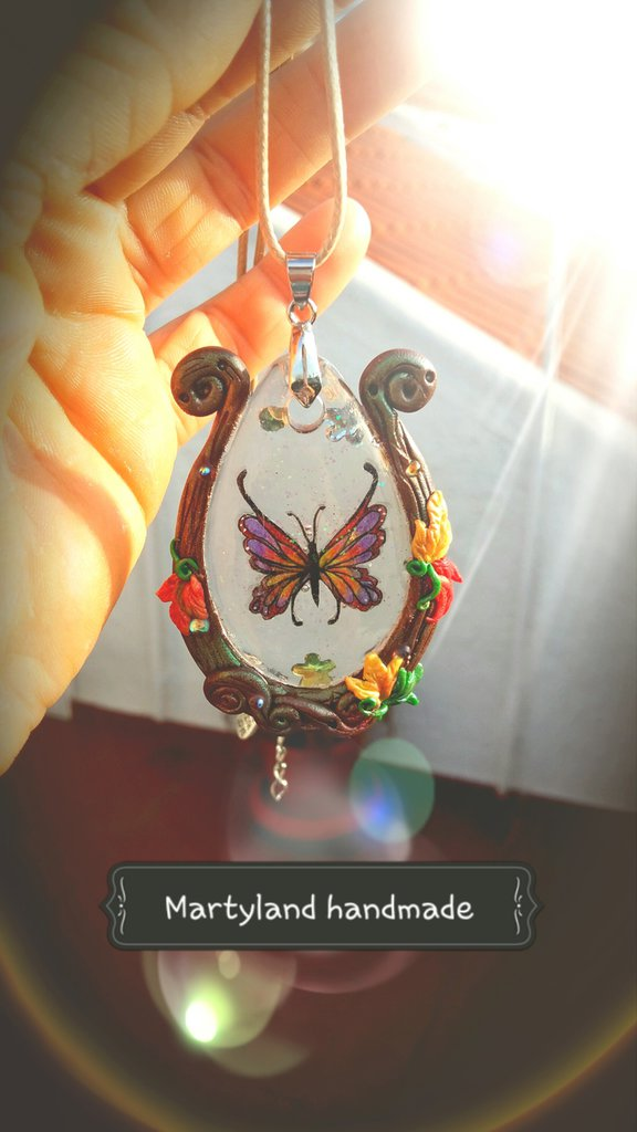 Cameo farfalla autunnale