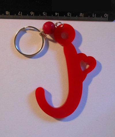 (157) Ciondolo lettera I in plexiglass rosso