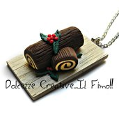 Natale in Dolcezze -  Collana Tronchetto natalizio al cioccolato con agrifoglio- miniature dolci di natale