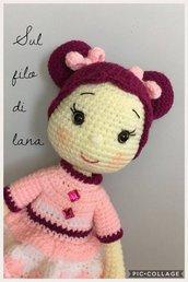 Bambola Teresa con fiocchi-bambola amigurumi-bambola uncinetto-bambola morbida