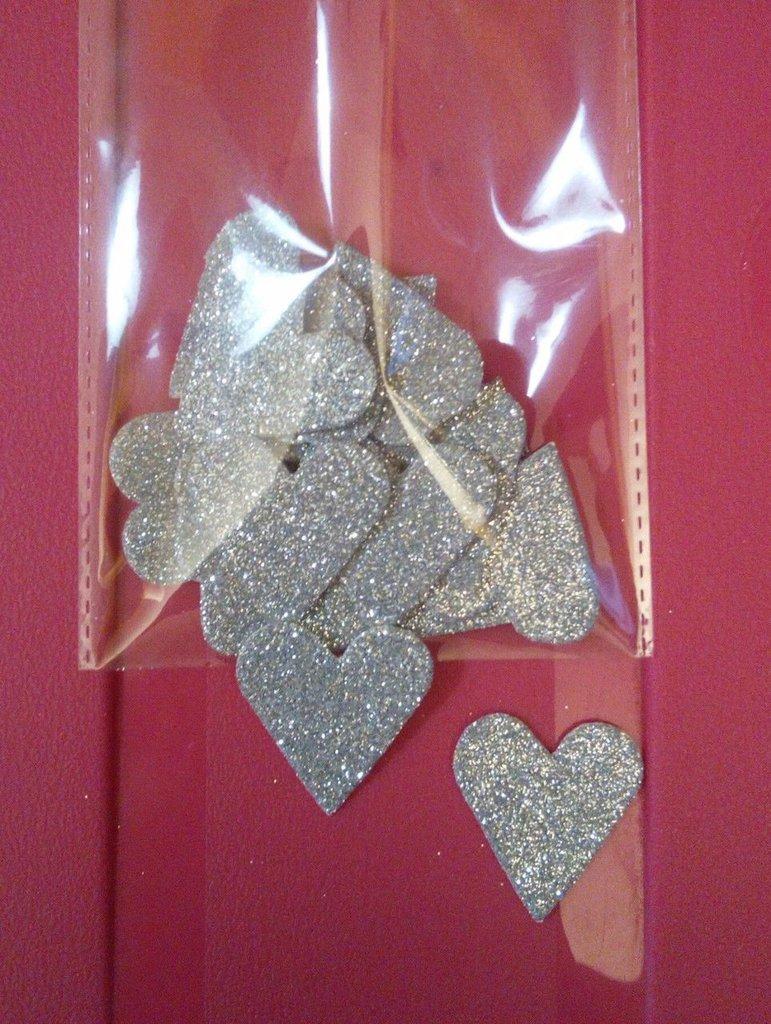 10 cuoricini gomma crepla argento