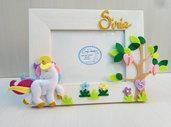 Portafoto in legno decorato con albero della vita e unicorno