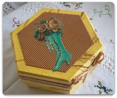 scatola esagonale