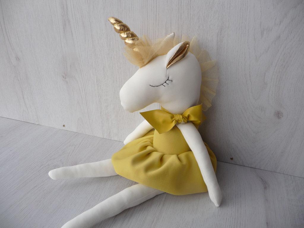 giocattolo unicorno, giocattolo farcito, giocattolo morbido, bambola unicorno