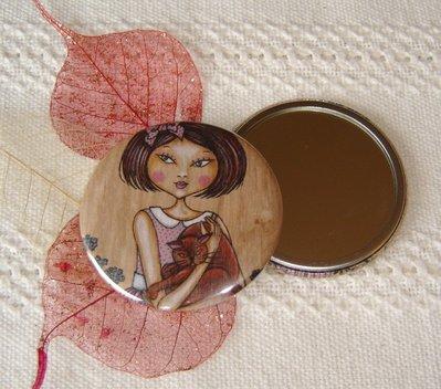 SPECCHIETTO-The red cat-pocket mirror 2.25 inch (5.6cm)