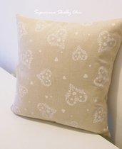 Cuscino tessuto cuori shabby chic
