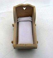 Culla in miniatura